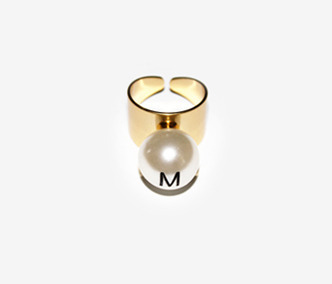 [Monday Edition] M.E. Big Pearl Helvetica Ring (50%off)